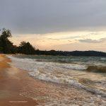 Ombak dan Pantai